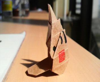 短い割り箸袋でトトロ